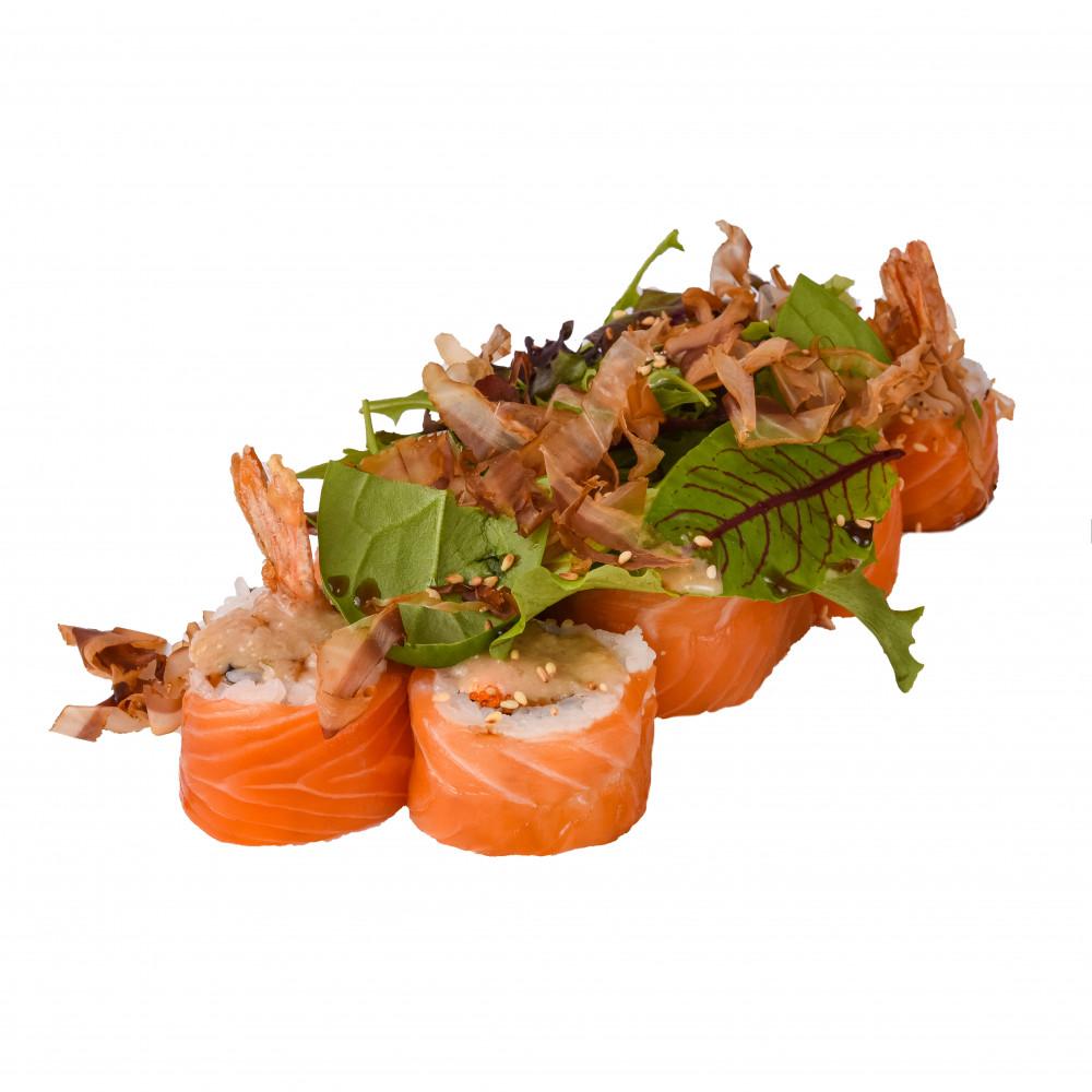 Ролл с креветкой и салатом